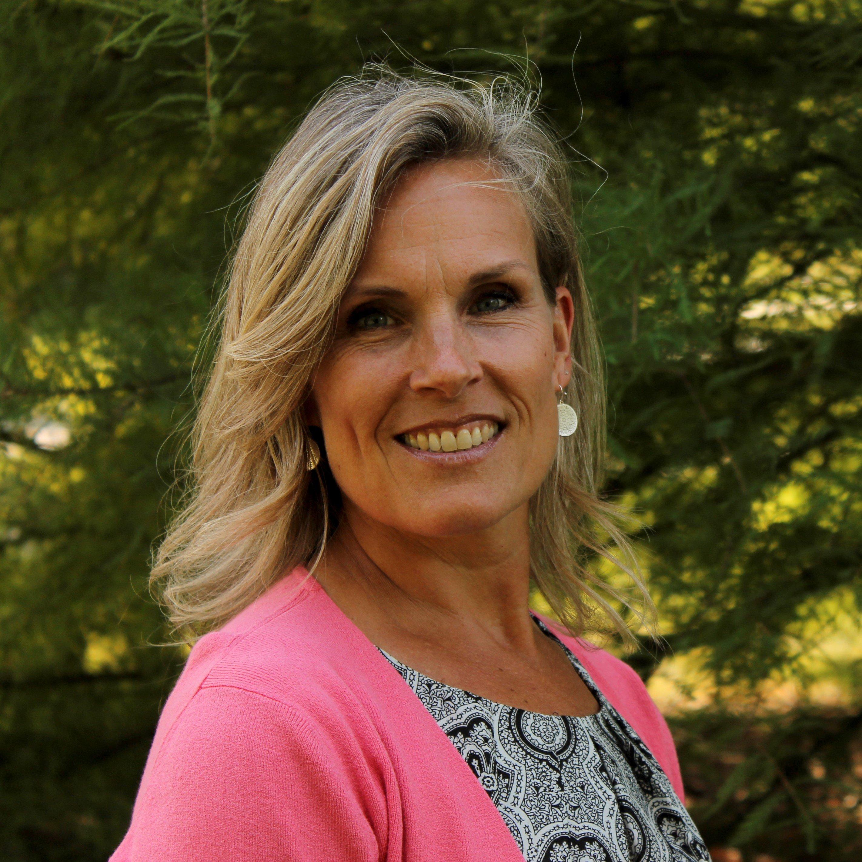 Amy MacAdam, teacher's aide at Clapham School in Wheaton, IL