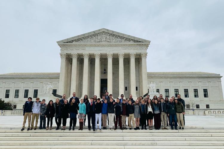 Clapham Middle School visits the Supreme Court